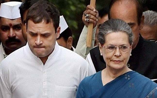 प. बंगाल में कांग्रेस विधायकों से भरवाया गया वफादारी बांड, जानकर आप चौंक जाएंगे इसका सच