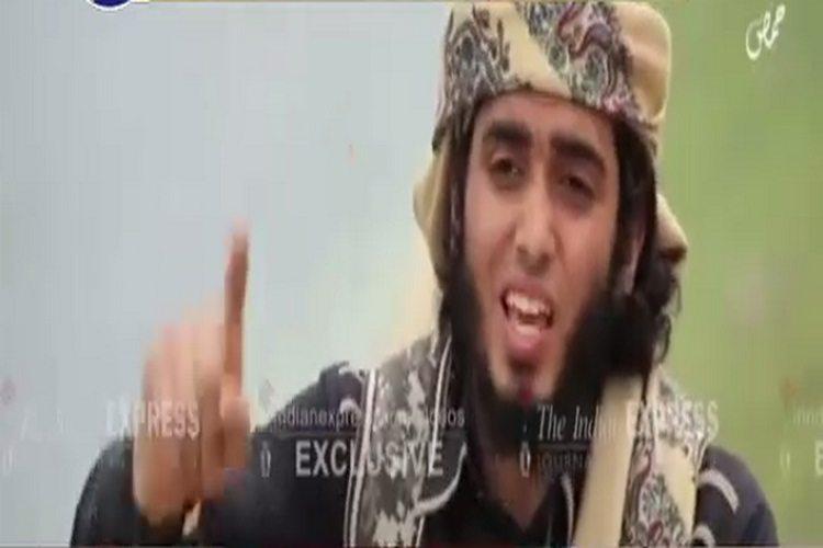 जाने कैसे विडियो में ISIS ने दी भारत को धमकी, 'हाथ में तलवार लेकर लेंगे बाबरी और गुजरात का बदला'