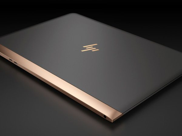 HP-Spectre-13.3_aerial-view-600x450