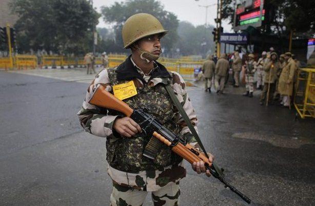 Photo of दिल्ली में आतंकी हमले की आशंका, J&K के रास्ते 3 कारों से घुसे 4 आतंकी