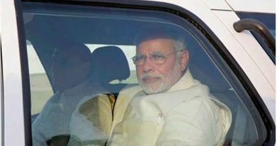 Narendra Modi Car traffic