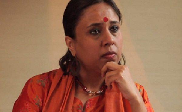 NDTV EXPOSED: खुलेआम काँग्रेस को बचाने की बात टीवी पर बोल गयी पत्रकार !! हुआ भंडाफोड़