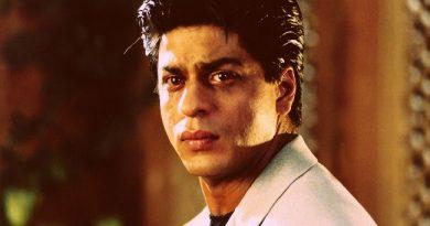 जानिए आखिर क्यूँ आज एक बार शाहरुख खान को लिया गया अमेरिका में हिरासत में