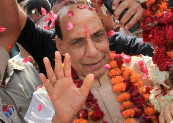 मोदी के साथ राजनाथ सिंह का भी है 56 का इंच का सीना, जीत लिया हिंदुस्तान का दिल