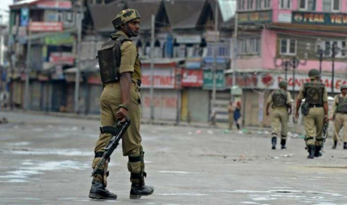 curfew-in-kashmir-continues-for-12th-day-2