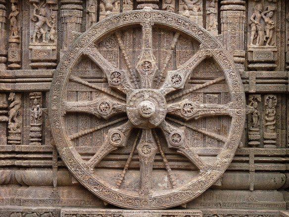 ashokas-chakra-in-stone