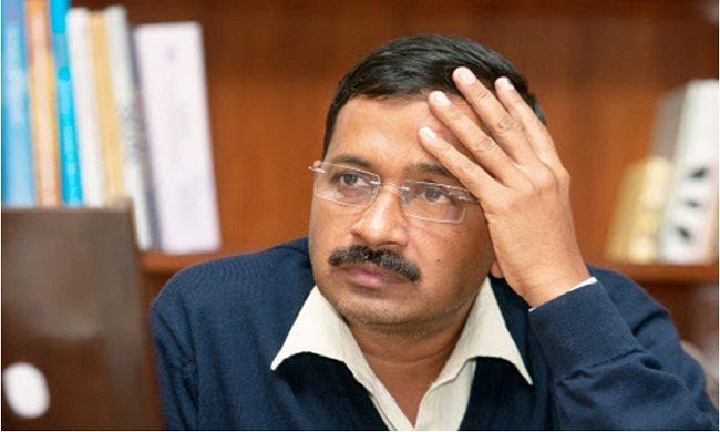 Photo of दिल्ली मुसीबत में और आप के सभी नेता छुट्टी पर