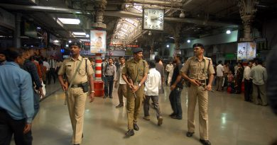 mumbai, terrorists in army dress