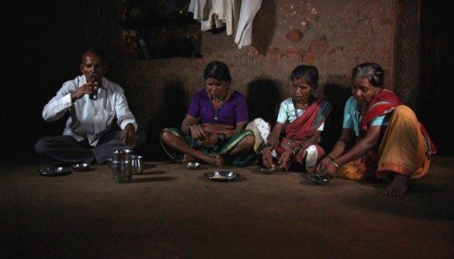 सेक्स के लिए नहीं बल्कि किसी और काम के लिए इस गाँव के लोग करते है दूसरी शादी