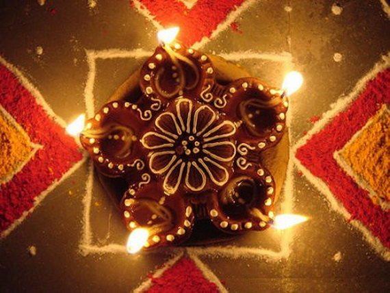 diwali-candles-newstrend-18-10-2016-2