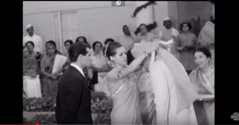 Photo of क्या आप जानते हैं, सोनिया गाँधी का नाम पहले  एंटोनिया माईनो था? शादी का वीडियो वायरल!