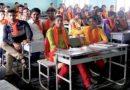 ज़बरदस्त : कॉलेज में छात्र-छात्राओं ने बुर्के के जवाब में धारण किया भगवा! कॉलेजों में तनाव