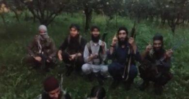 Terrorists video Message: Terrorist are knocking at door of Kashmir