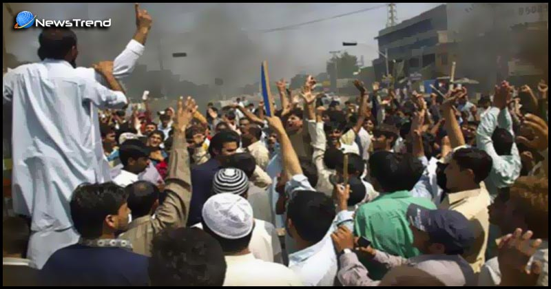 Protesters organize silence black day protests pok