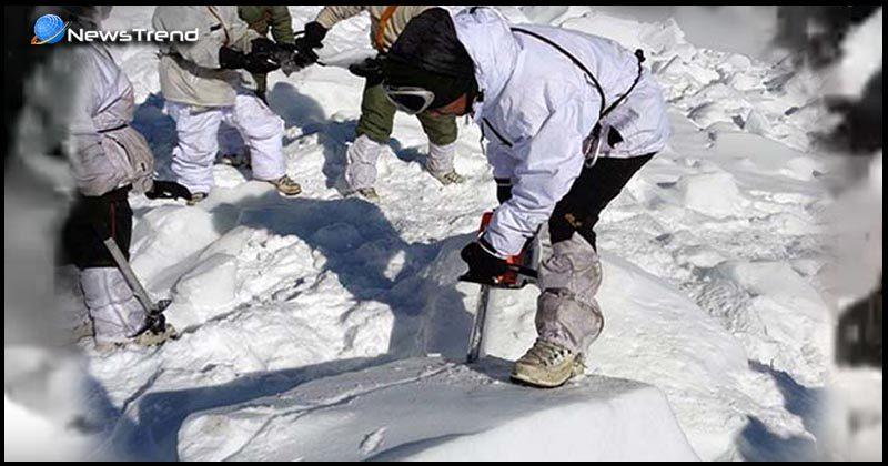 Video: सियाचीन में 6 दिनों के बाद 25 फीट बर्फ के नीचे दबे सैनिक को बचाया गया