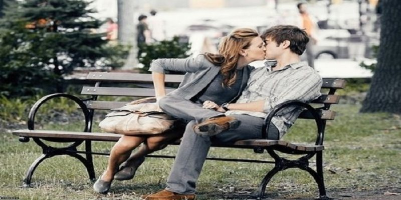 kissing in public place