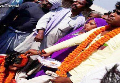 नोटबंदी से हुआ फायदा: इस आदमी ने निपटाई 1100 रूपये में अपनी बेटी की शादी, बारातियों को दिया चाय और लड्डू!