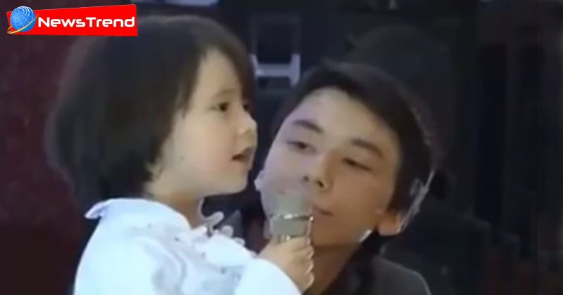 chinese little baby singing