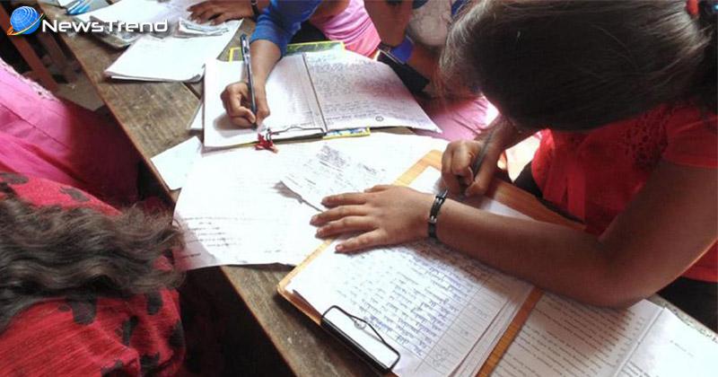 Photo of यूपी बोर्ड की परीक्षाओं में हो रही नकल को लेकर उपमुख्यमंत्री दिनेश शर्मा गंभीर, दिए कुछ जरूरी निर्देश!