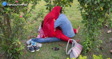 उत्तर प्रदेश में सख्ती के बाद भी सरेआम पार्क में अश्लील हरकतें करते कैमरे में कैद हुए युगल…. वीडियो वायरल!