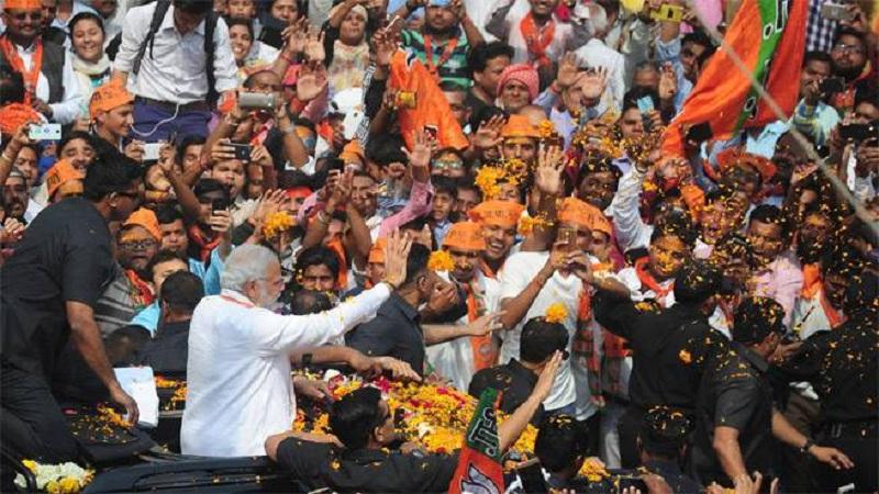 Road show of pm Modi