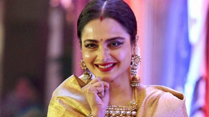 Rekha secretly married with sanjay dutt