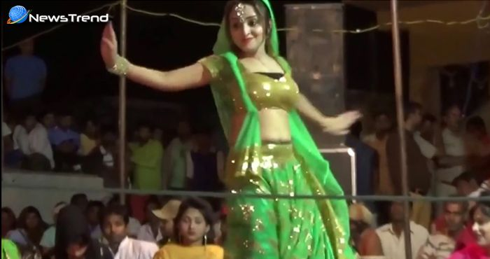 खूबसूरत महिला डांस