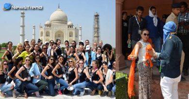 ताजमहल में घुसने से पहले विदेशी मॉडल से उतरवाया गया भगवा स्कार्फ, सरकार ने दिए जाँच के आदेश!