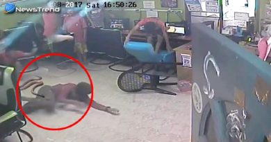 Snake Attacked The Young Man in Thailand