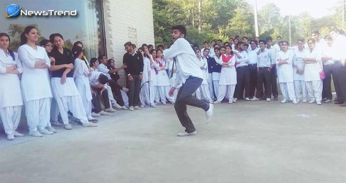स्कूल के इस लड़के का डांस देखकर आ जाएगी ऋतिक रोशन की याद.... देखें वीडियो!