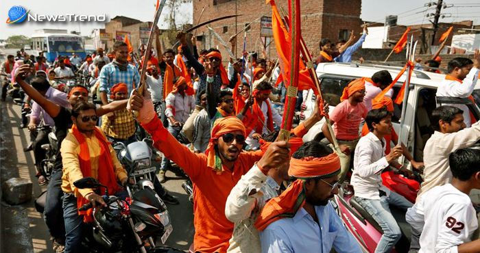 ...तो बीजेपी और आरएसएस से ज्यादा ताकतवर हो गई है योगी की हिंदू युवा वाहिनी!