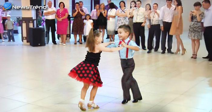 इन छोटे बच्चों का डांस देखकर बड़े-बड़े हुए प्रभावित, तालियों से किया उत्साहवर्धन.. देखें वीडियो!