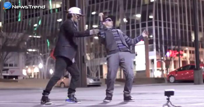 इन दो लड़कों का स्लो मोशन डांस देखकर यकीन ही नहीं होगा कि ये इंसान हैं या रोबोट... देखें वीडियो!