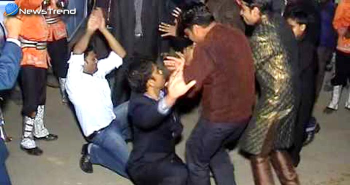 शादी में नागिन डांस करना पड़ा महंगा, दूल्हे के साथ घट गई यह घटना!