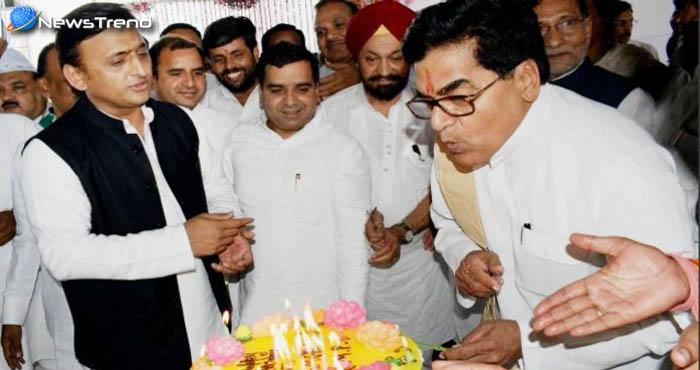 जन्मदिन के मौके पर भड़के रामगोपाल, अखिलेश ने कहा नेता जी रामगोपाल से नहीं मुझसे हैं नाराज!