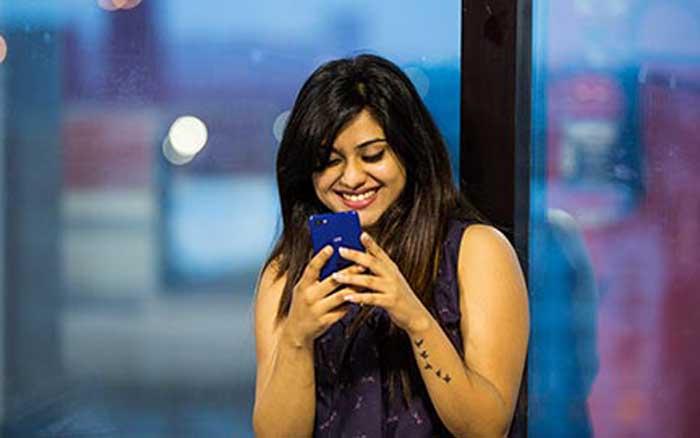 लॉन्च हुआ 'द जियो फोन' – फोन, अनलिमिटेड कॉल और डेटा सब कुछ होगा फ्री, जानिए कैसे?