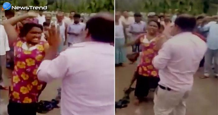 महिला से कर रहा था अश्लील बातें, महिला ने अफसर की कर दी चप्पल से पिटाई… देखें वीडियो!