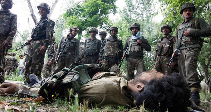 Photo of कश्मीरघाटी में सुरक्षाबलों को मिली बङी कामयाबी, हिजबुल के टॉप कमांडर इत्तू उर्फ गजनवी को मार गिराया