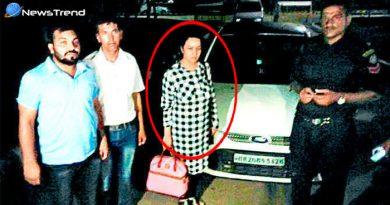 अभी-अभी : गुरमीत राम रहीम की मुंहबोली बेटी हनीप्रीत मुंबई एयरपोर्ट से गिरफ्तार