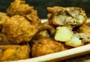 नवरात्र में व्रत के लिए ऐसे बनाएं सिंघाड़े के आटे की स्वाद से भरी क्रिस्पी पकौड़ियाँ।