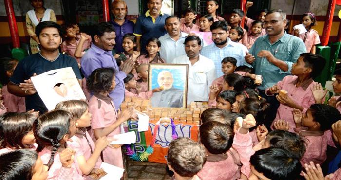 पहली बार देश के इस राजनेता के जन्मदिन को जोड़ा गया इस अभियान से, जानकर हो जायेंगे दंग