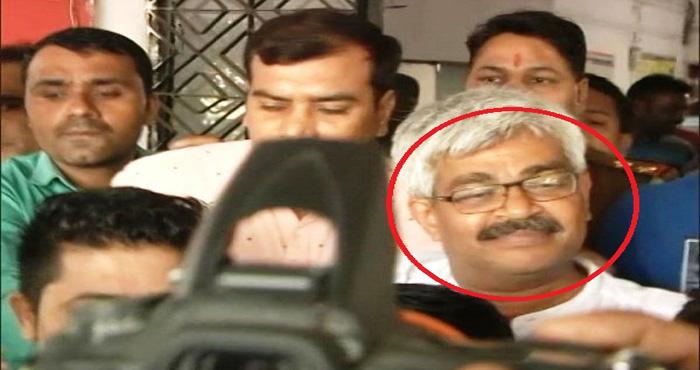 पोर्न सीडी रखने और ब्लैकमेल करने के आरोप में वरिष्ठ पत्रकार विनोद वर्मा गिरफ्तार, अपने बचाव में कहा यह....