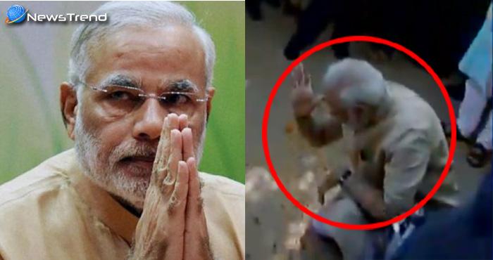 PM मोदी बोले : अपने गांव पहुंचकर भावुक हुए पीएम, माथे पर लगाई स्कूल की मिट्टी – देखें वीडियो