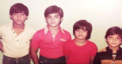 इस तस्वीर में हैं बॉलीवुड का सबसे बड़ा सुपरस्टार, क्या आप इन्हें पहचानते हैं?