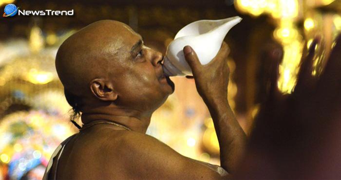 शंख बजाने से अध्यात्म के साथ मिलता है स्वास्थ्य लाभ, दूर होते हैं असाध्य रोग