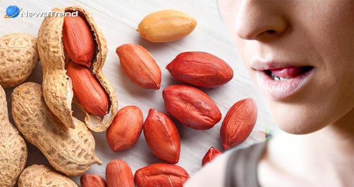 मूंगफली का लाल छिलका खाने की न करें गलती, वरना ये होगा परिणाम
