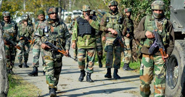 शोपियां और कुलगाम में आतंकियों के छिपे होने की सूचना के बाद सुरक्षाबलों ने चलाया कासो अभियान