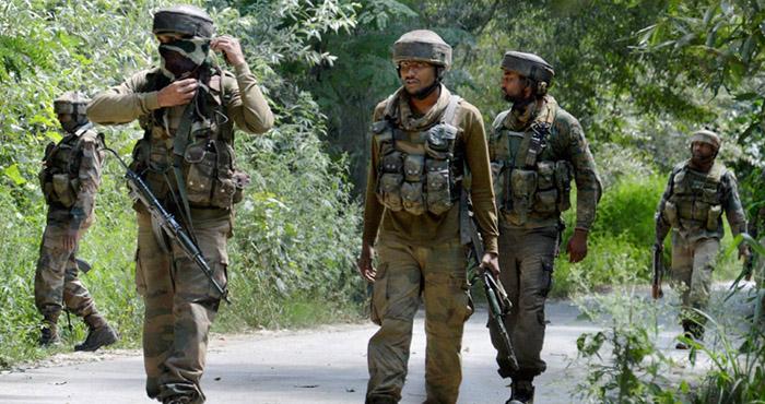 शोपियां में आतंकियों और सेना के जवानों के बीच भयंकर मुठभेड़, सेना ने मार गिराए दो आतंकी