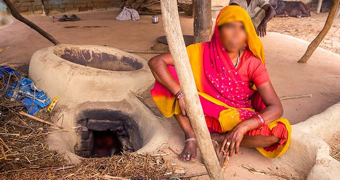 बिहार की महिला वार्ड सदस्य अपने घर से सुरंग बनाकर करती थी ऐसा धंधा सुनकर खड़े हो जायेंगे आपके कान