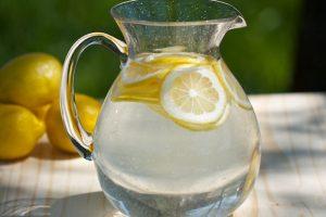 अगर आपको भी है ये 8 बीमारियाँ, तो दवाई नहीं नींबू पानी आएगा काम!